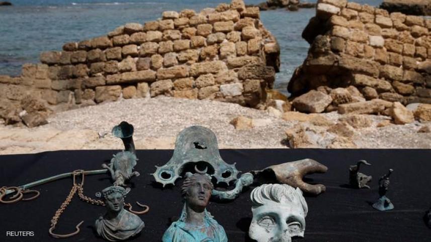 انتشال كنز من الحقبة الرومانية بسفينة غارقة بفلسطين المحتلة