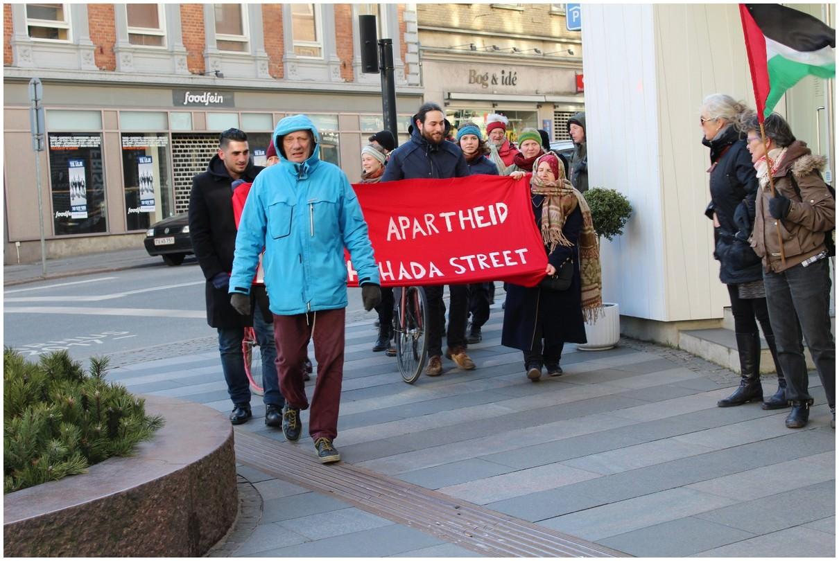 الدنمارك تشارك في فعاليات افتحوا شارع الشهداء الدولية