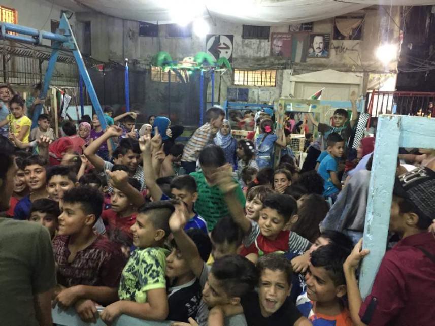 ملاهي أبو برهان ترسم فرحة العيد على وجوه أطفال شاتيلا