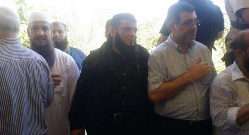 وفد من الجهاد الإسلامي يشارك في تشييع جنازة والد القيادي في عصبة الأنصار أبو عبيدة