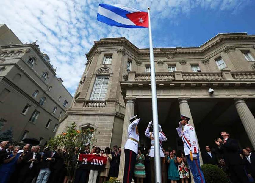 وفد من الفصائل الفلسطينية تزور السفير الكوبي في بيروت