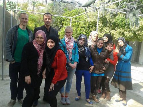 ورشة تدريبية بالإدارة الصفية في مخيم الرشيديه