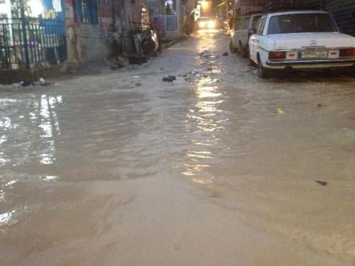 مياه الأمطار تغلق حي الصفصاف في عين الحلوة