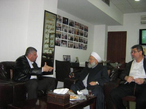 الرفاعي يلتقي حمود / المخيمات ليست بؤرة للخارجين على القانون