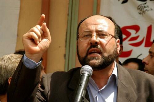 بركة طالب بوقف التحريض الذي يمارسه البعض ضد المخيمات الفلسطينية