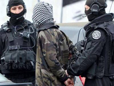 تفكيك شبكة في فرنسا لإرسال جهاديين إلى سوريا