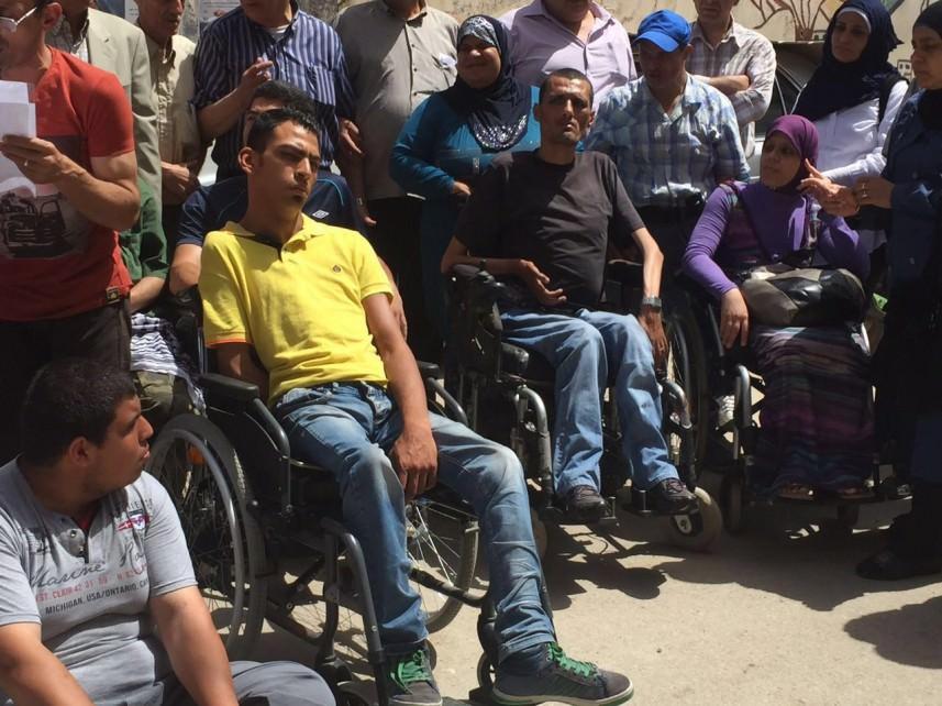 إعتصام لذوي الإحتياجات الخاصة في عين الحلوة يطالب الأونروا بإنصافهم