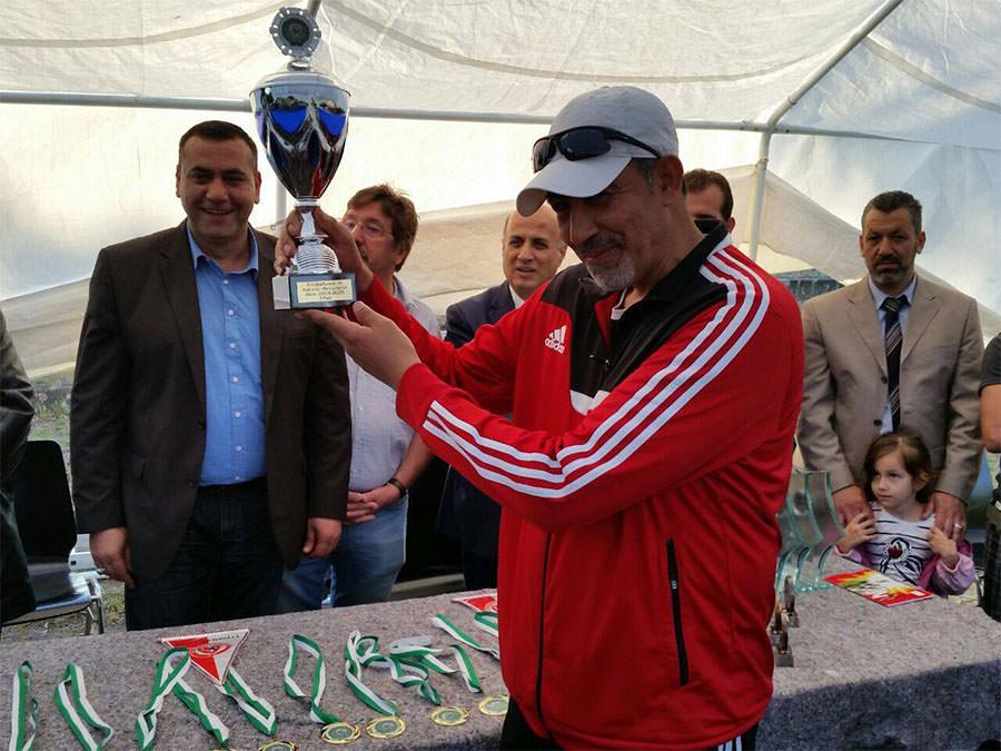 فريق مخيم البداوي يحرز كأس المركز الثالث في بطولة برلين للانديه العربية