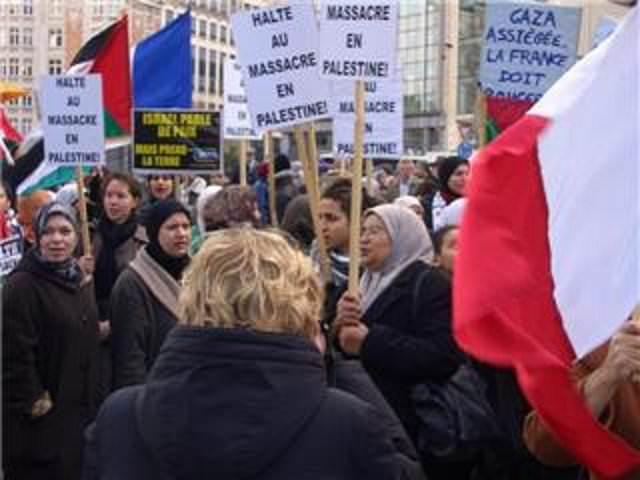 مظاهرة أمام البرلمان الأوروبي في بروكسل