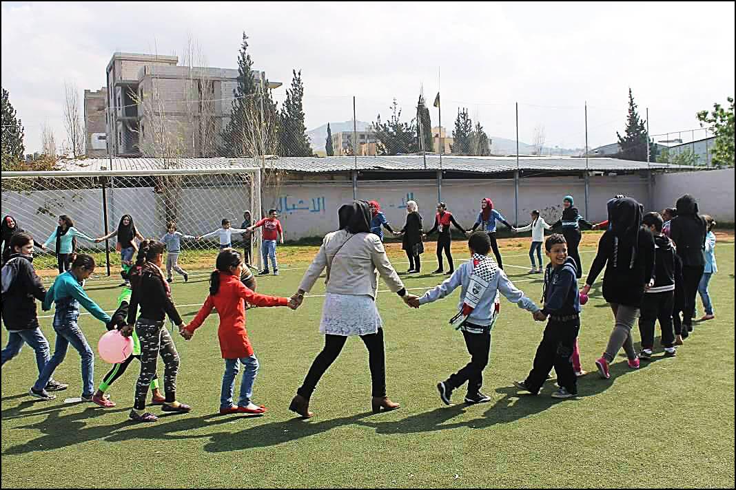 مؤسسة بيت اطفال الصمود تحيي ذكرى يوم الارض في مخيم البداوي