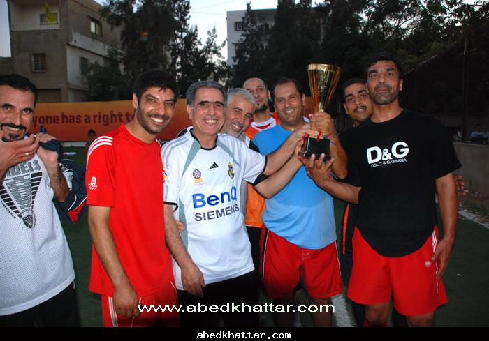 مباراة بين فريق مغتربي الدانمارك وفريق قدماء مخيم البداوي
