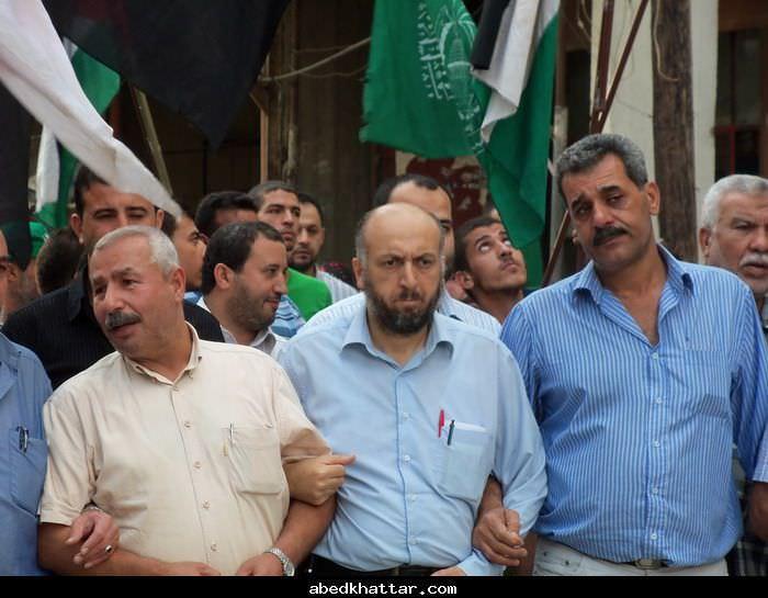 فعاليات احتفاليه لحماس في مخيم البداوي بمناسبة صفقة الافراج عن الاسرى