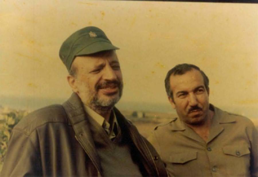 مجموعة صور للقائد الشهيد خليل الوزير ابو جهاد
