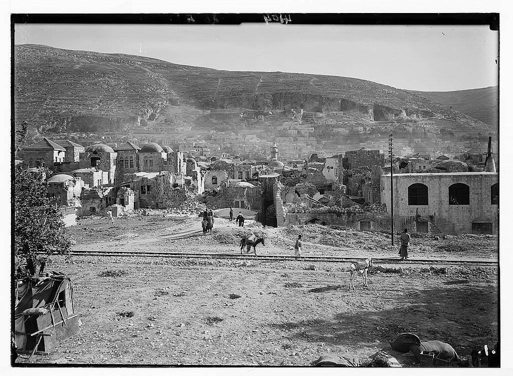 صور لمدينة نابلس بعد الهزة الارضية التي ضربت فلسطين