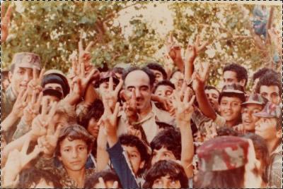 صور نادرة جدا للشهيد صلاح خلف - أبو إياد