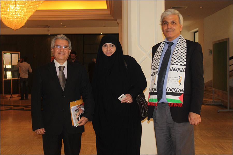 افتتاح مؤتمر ثقافة المقاومة الرابع في قصر الأونيسكو ببيروت