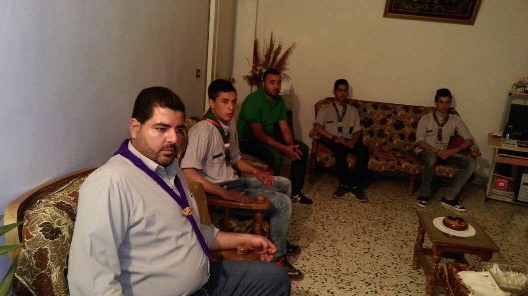 كشافة بيت المقدس تزور عائلة الأسير يحيى سكاف في المنية